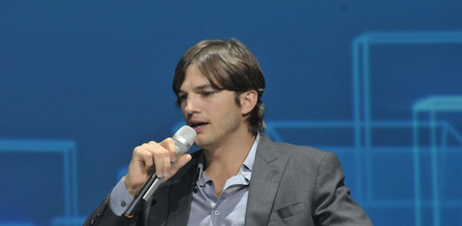 Ashton Kutcher Photo: Tamar Matsafi