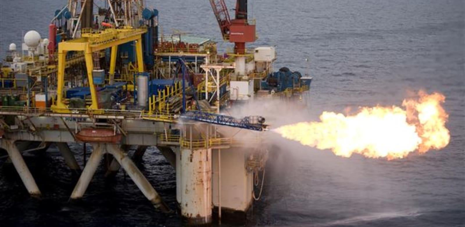 קידוח נפט תמר 1 ליד חיפה - מבחני הנפקה / צילום: יח''צ