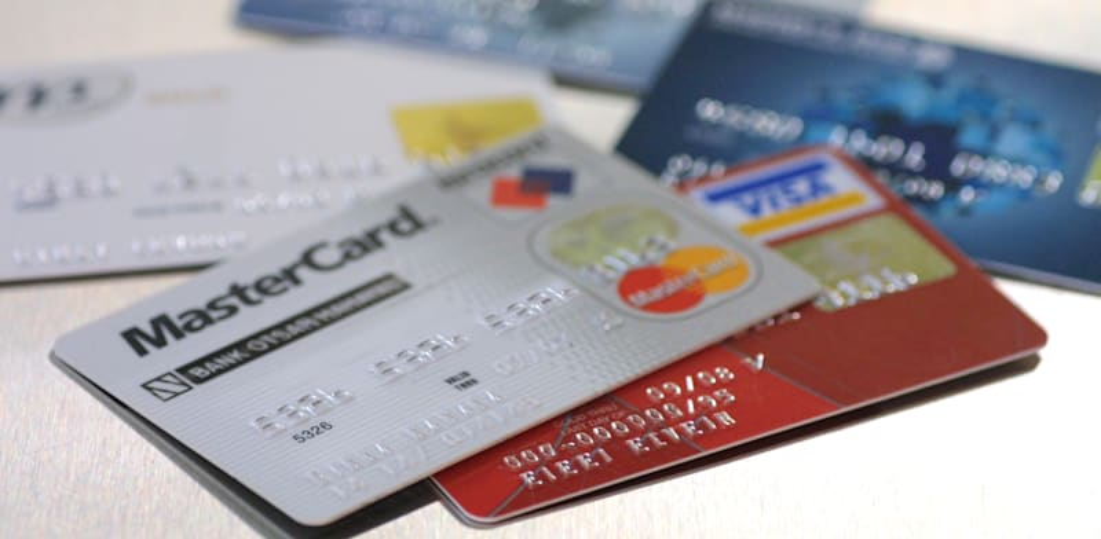כרטיסי אשראי / צילום: עינת לברון