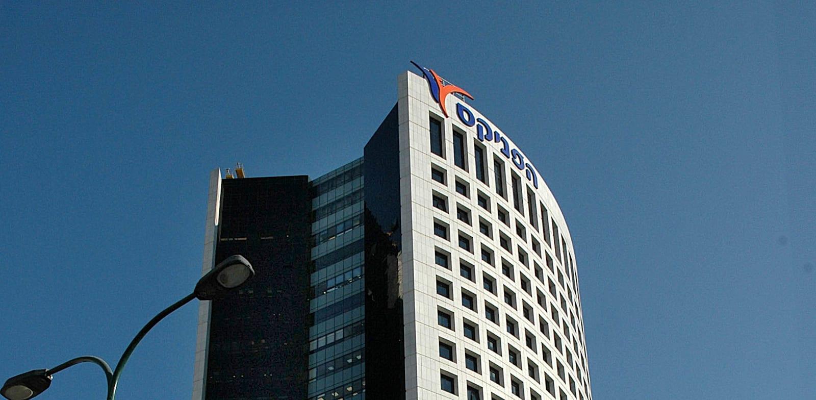 בנין חברת ביטוח הפניקס / צילום: תמר מצפי