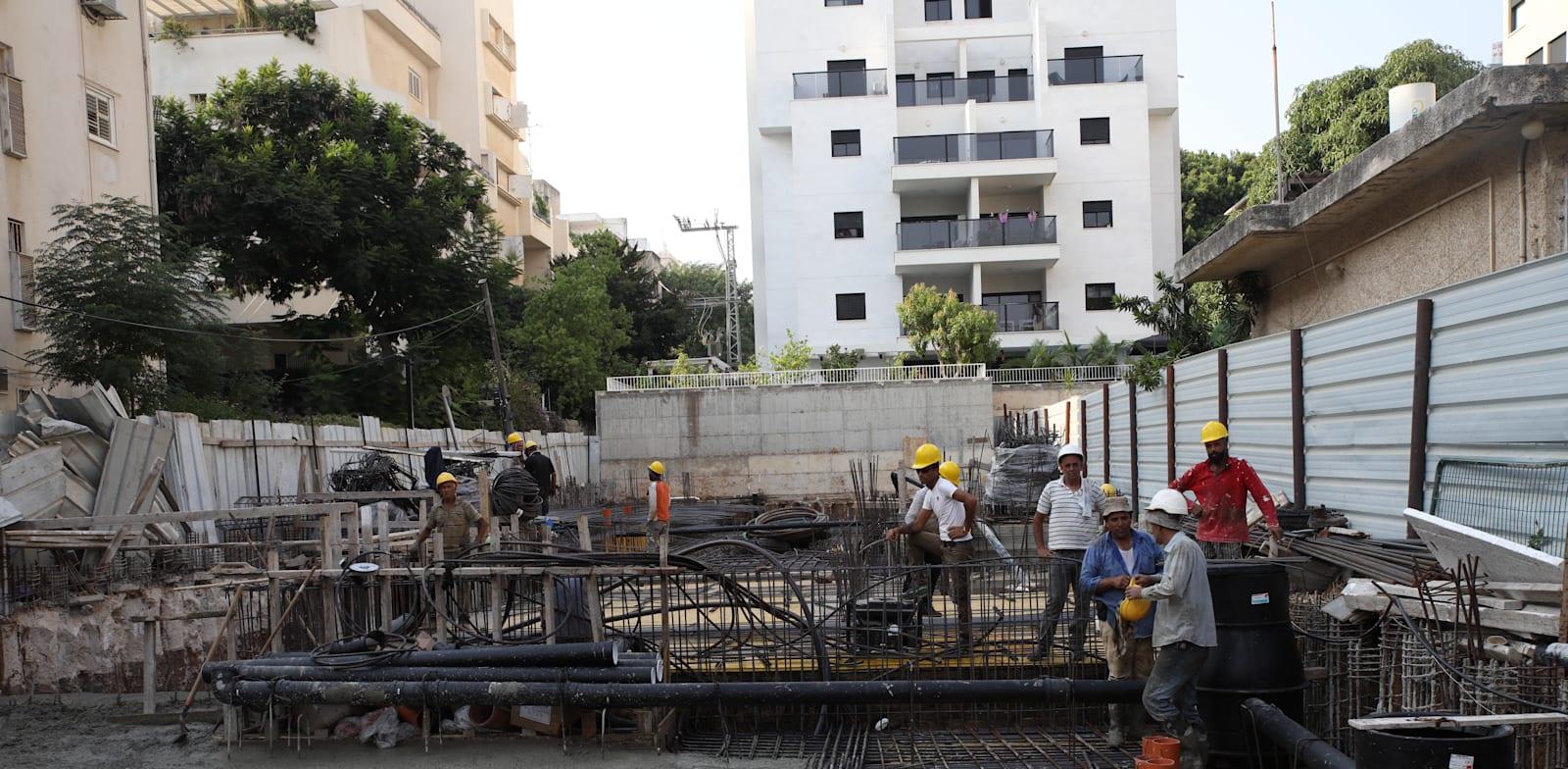 אתר בנייה ברחובות / צילום: כדיה לוי