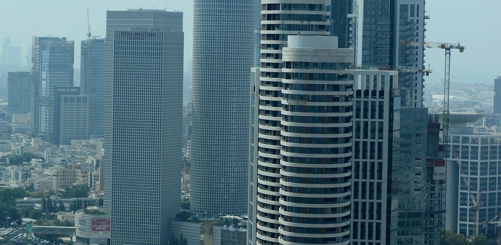 Tel Aviv office towers Photo: Eyal Izhar