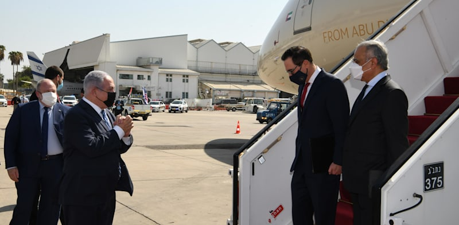 """קבלת פנים בשדה התעופה למשלחת איחוד האמירויות, במעמד ראש הממשלה בנימין נתניהו. מבצע צבאי ראשון על רקע הסכמי השלום / צילום: עמוס בן גרשום - לע""""מ"""