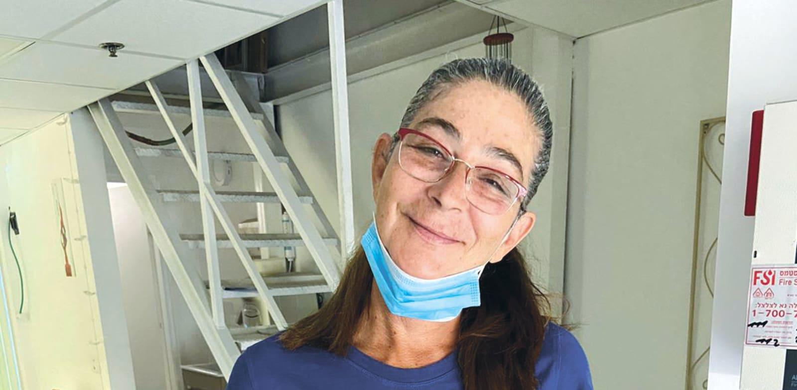 דיתה נייסר, בת 57, קוסמטיקאית מפתח תקווה / צילום: נועה נייסר