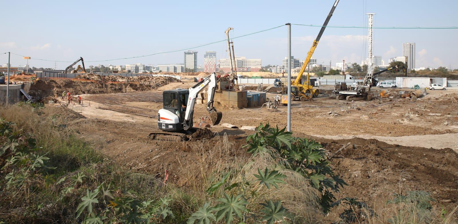 עבודות חפירה בבני ברק / צילום: כדיה לוי