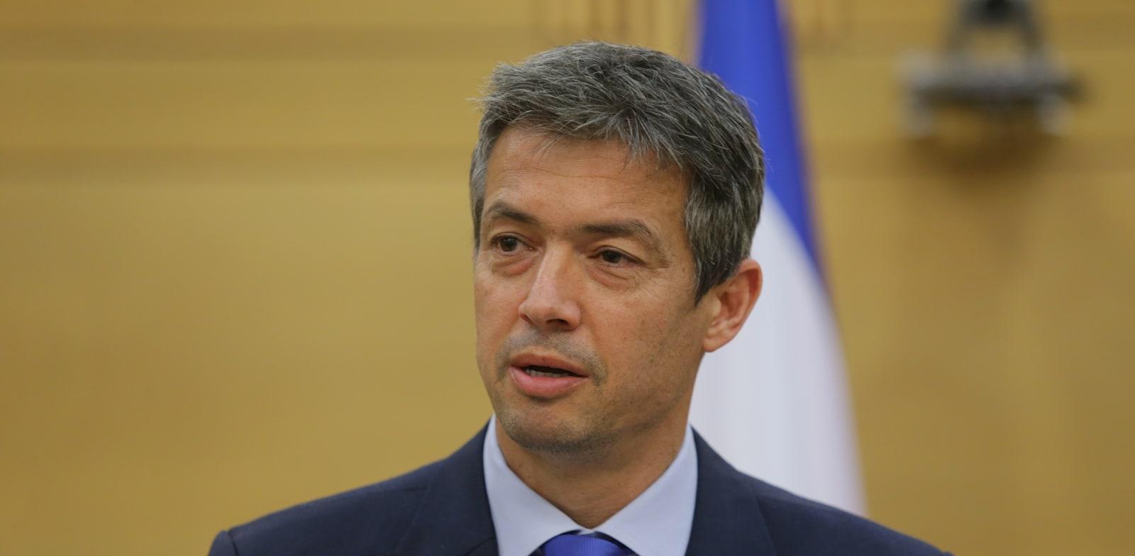 """שר התקשורת יועז הנדל. פותח במאבק / צילום: אלכס קולומויסקי, """"ידיעות אחרונות"""""""