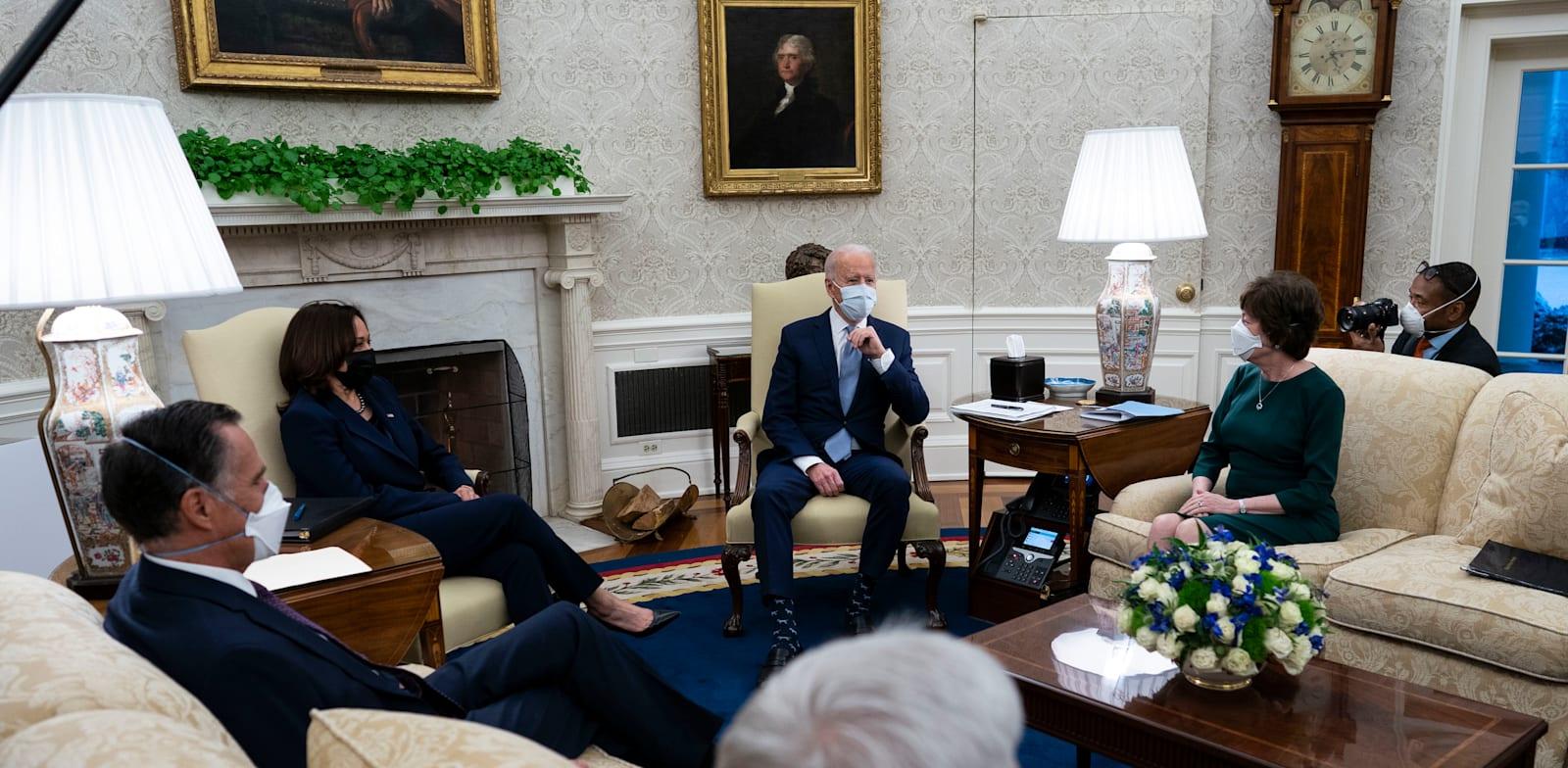 """נשיא ארה""""ב ג'ו ביידן בפגישה בבית הלבן / צילום: Sipa USA"""