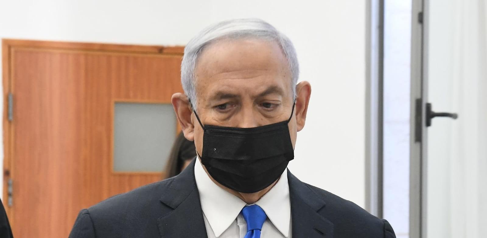 ראש הממשלה בנימין נתניהו נכנס הבוקר לדיון בבית המשפט המחוזי בירושלים / צילום: ראובן קסטרו