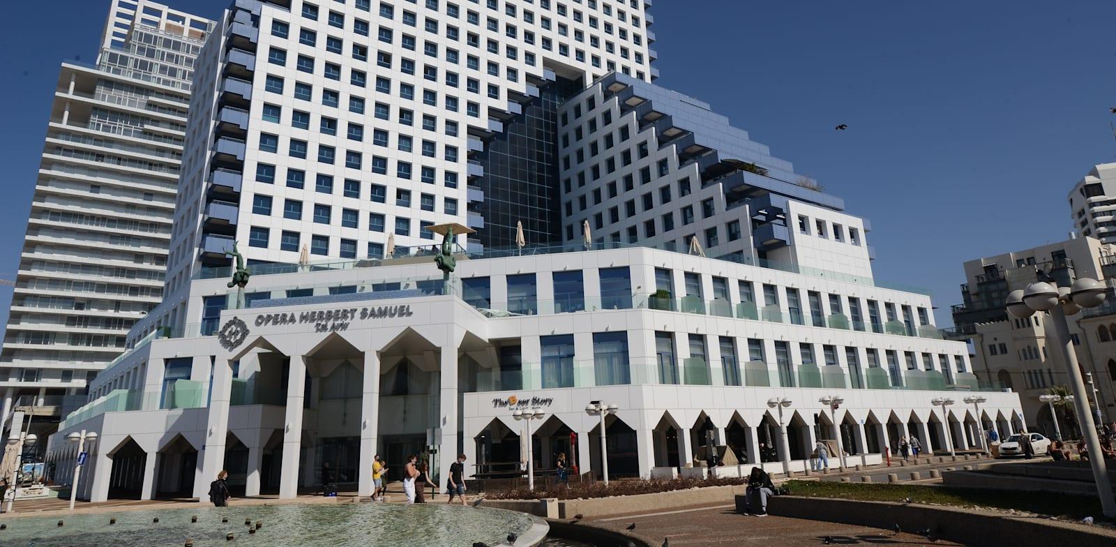 מגדל האופרה בתל אביב / צילום: איל יצהר