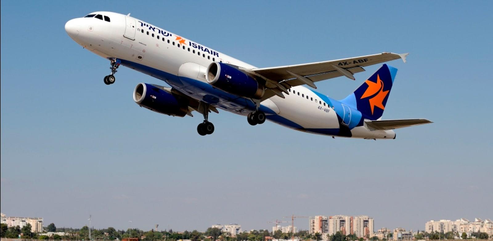 מטוס ישראייר. הטיסות יעברו לחבילות שיוצעו ביום ראשון / צילום: מוני שפיר