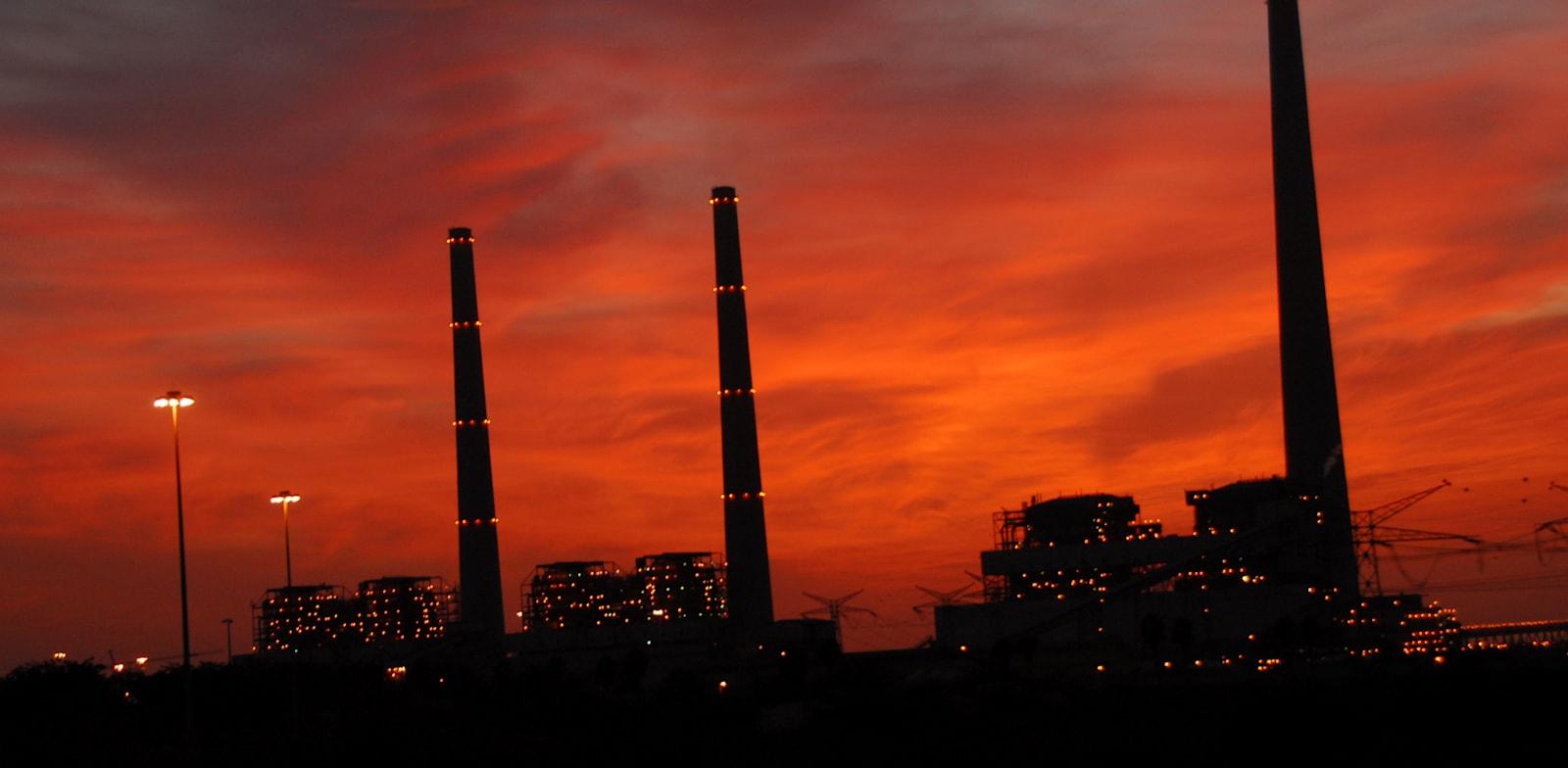 Hadera power plant  credit: Eyal Fischer