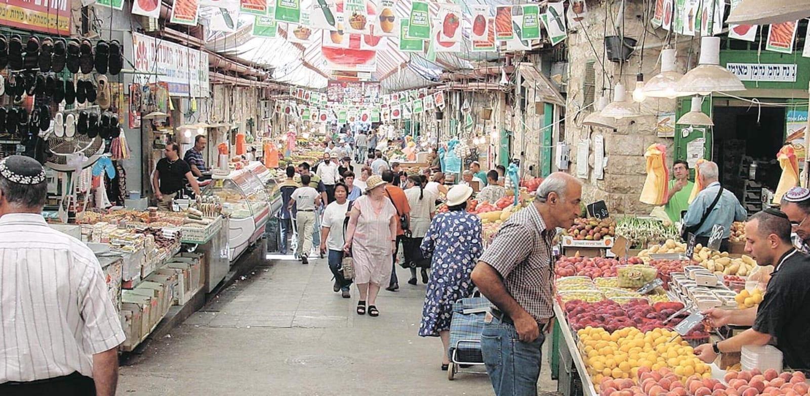 דוכני פירות וירקות בשוק מחנה יהודה / צילום: צ'מנסקי-בן-שחר יועצים