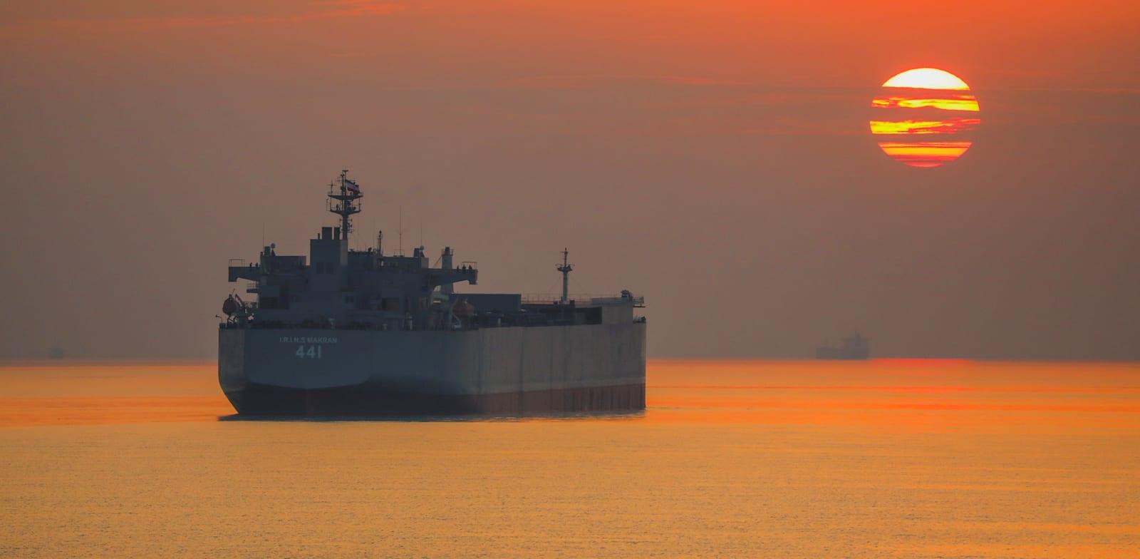 אונייה איראנית במפרץ עומאן / צילום: Reuters, WANA NEWS AGENCY