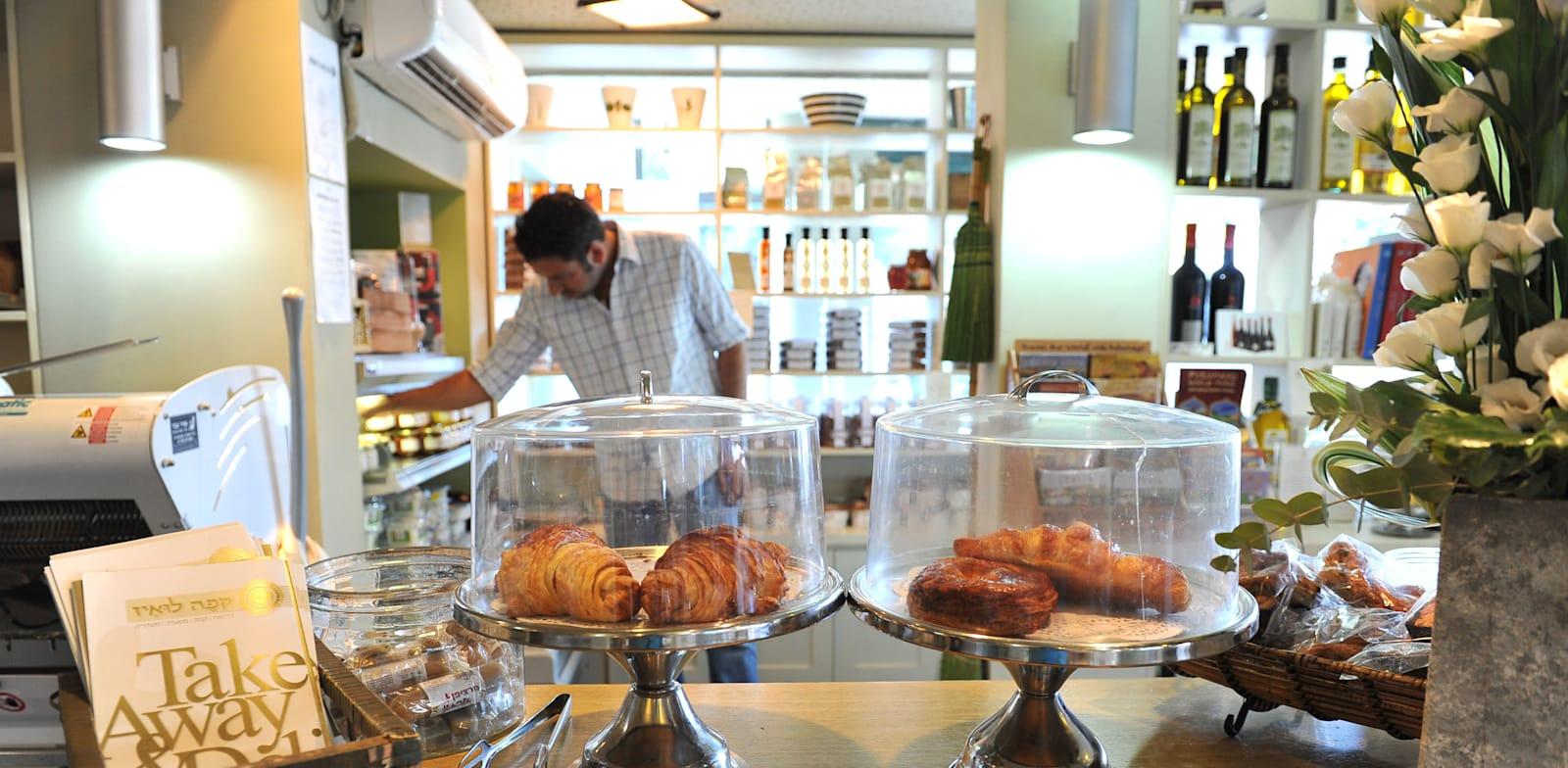 קפה לואיז בחיפה / צילום: תמר מצפי