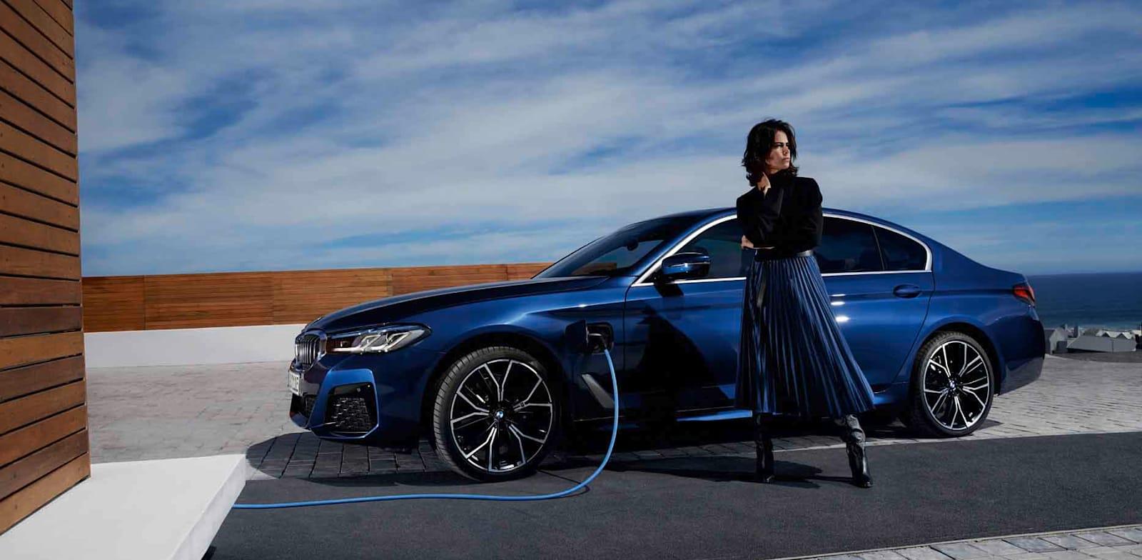 מסדרה 5 פלאג אין היבריד. לסייע במעבר לעידן החשמלי BMW / צילום: באדיבות BMW