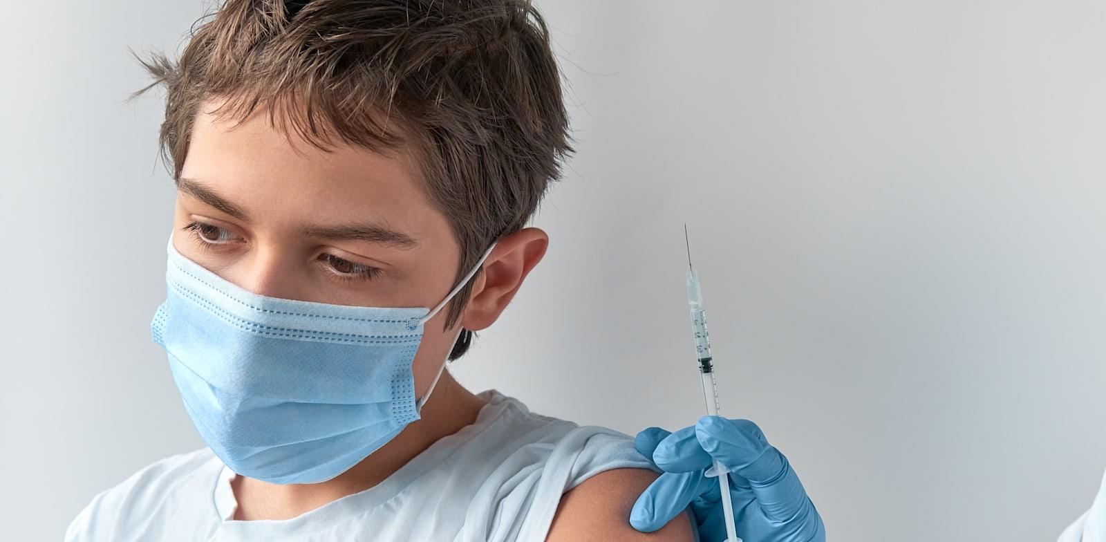 חיסון לקורונה לבני נוער / צילום: Shutterstock, anyaivanova