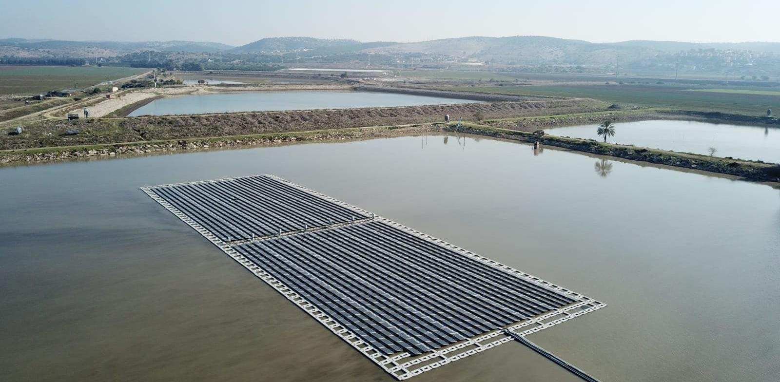 מתקן אנרגיה מתחדשת של דוראל בישראל / צילום: Adit-movies 2