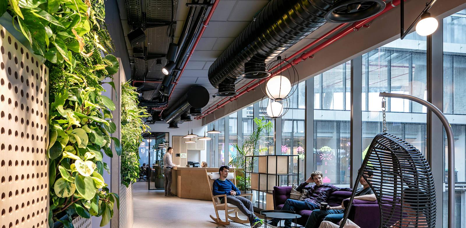 משרדי חברת טראקס בבניין TOHA. מחצית מהעובדים גרים בתל אביב / צילום: באדיבות טראקס