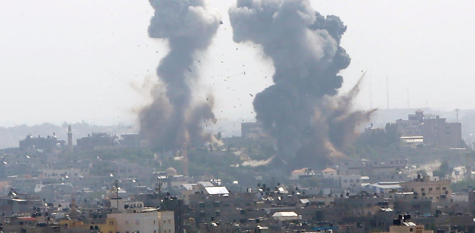 תגובת נגד של חיל האוויר בעזה / צילום: Associated Press, Hatem Moussa