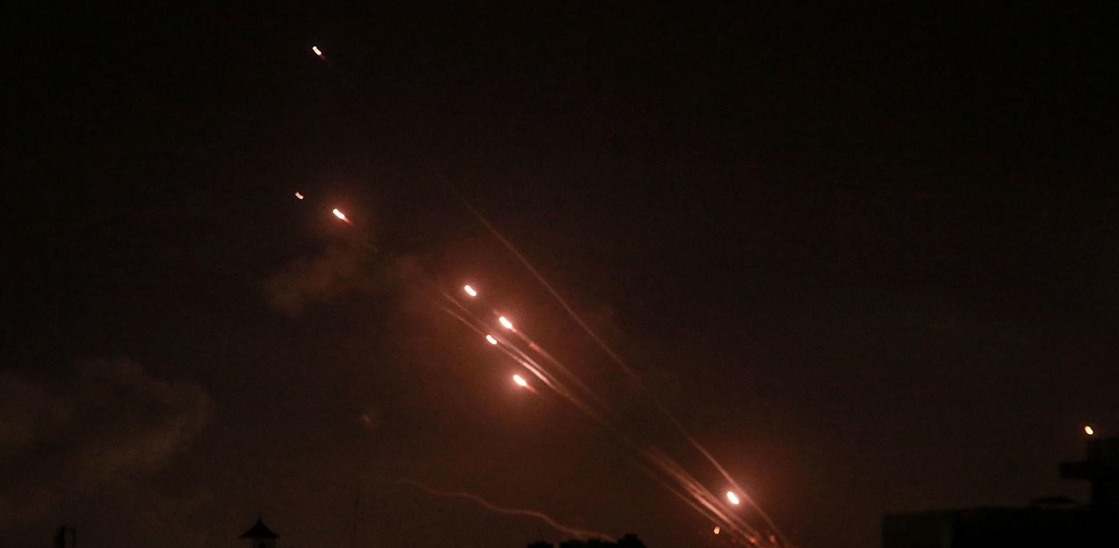 רקטות נורות מעזה לישראל / צילום: Reuters, Mohammed Talatene/dpa