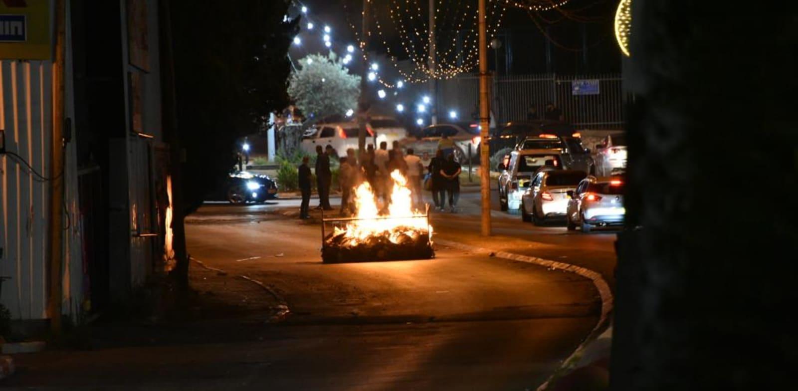 הפרות סדר באום אל פאחם שכללו יידוי אבנים ובקבוקי תבערה / צילום: דוברות משטרת ישראל