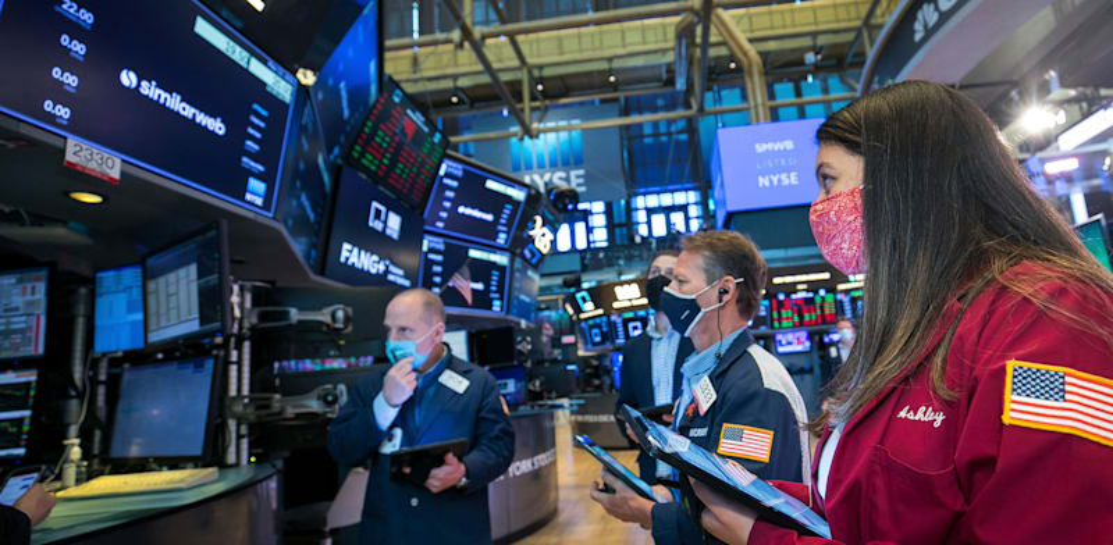 סוחרים בבורסת ניו יורק / צילום: Associated Press, Courtney Crow/New York Stock Exchange