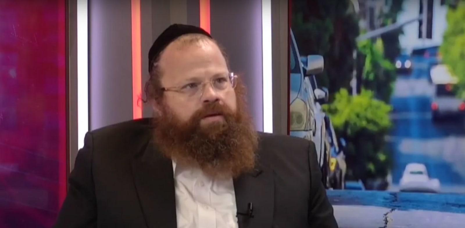 Menachem Gesheid  credit: YouTube, Yehuda Shabo