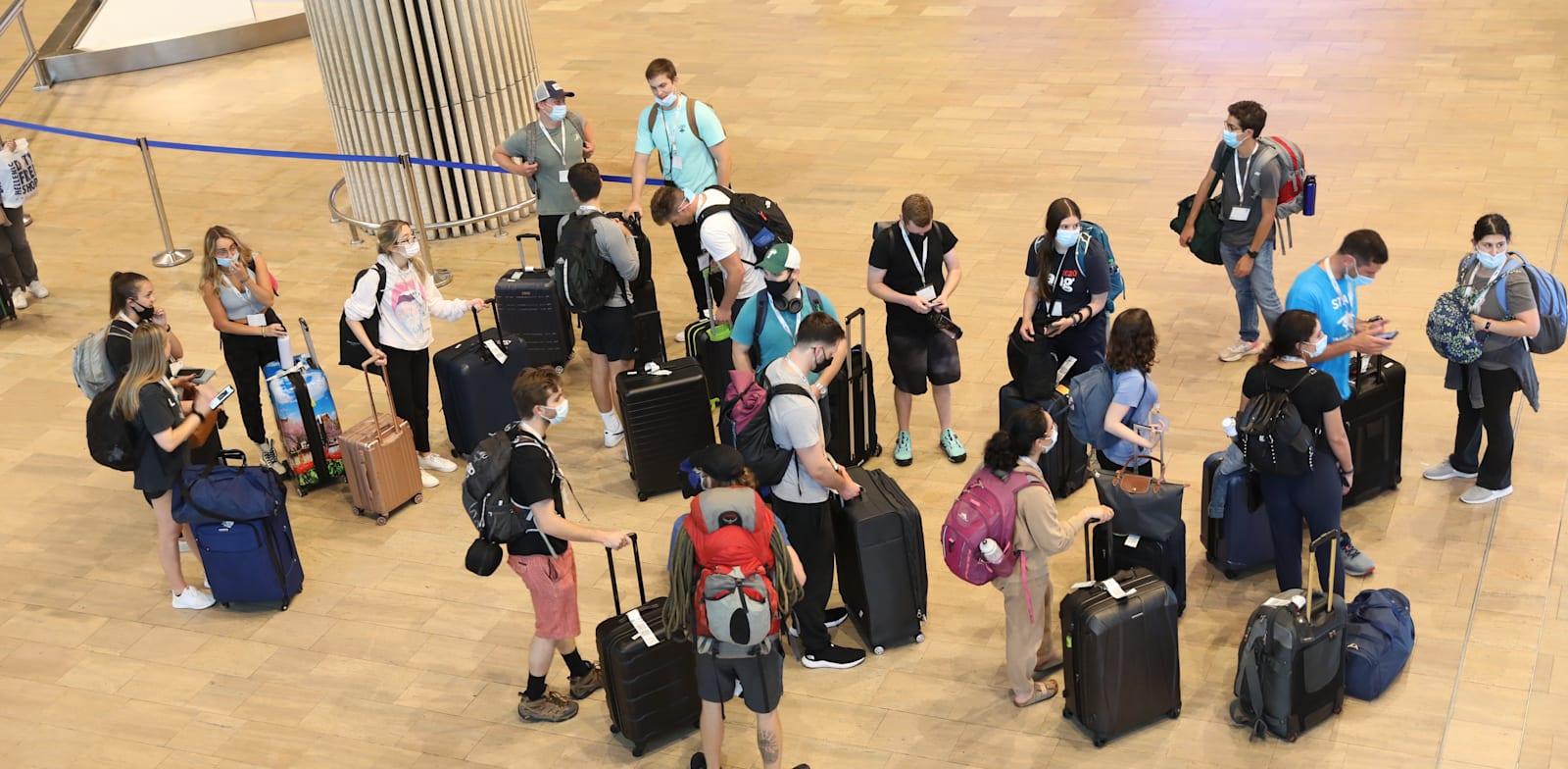 Ben Gurion airport arrivals Photo: Yossi Zamir