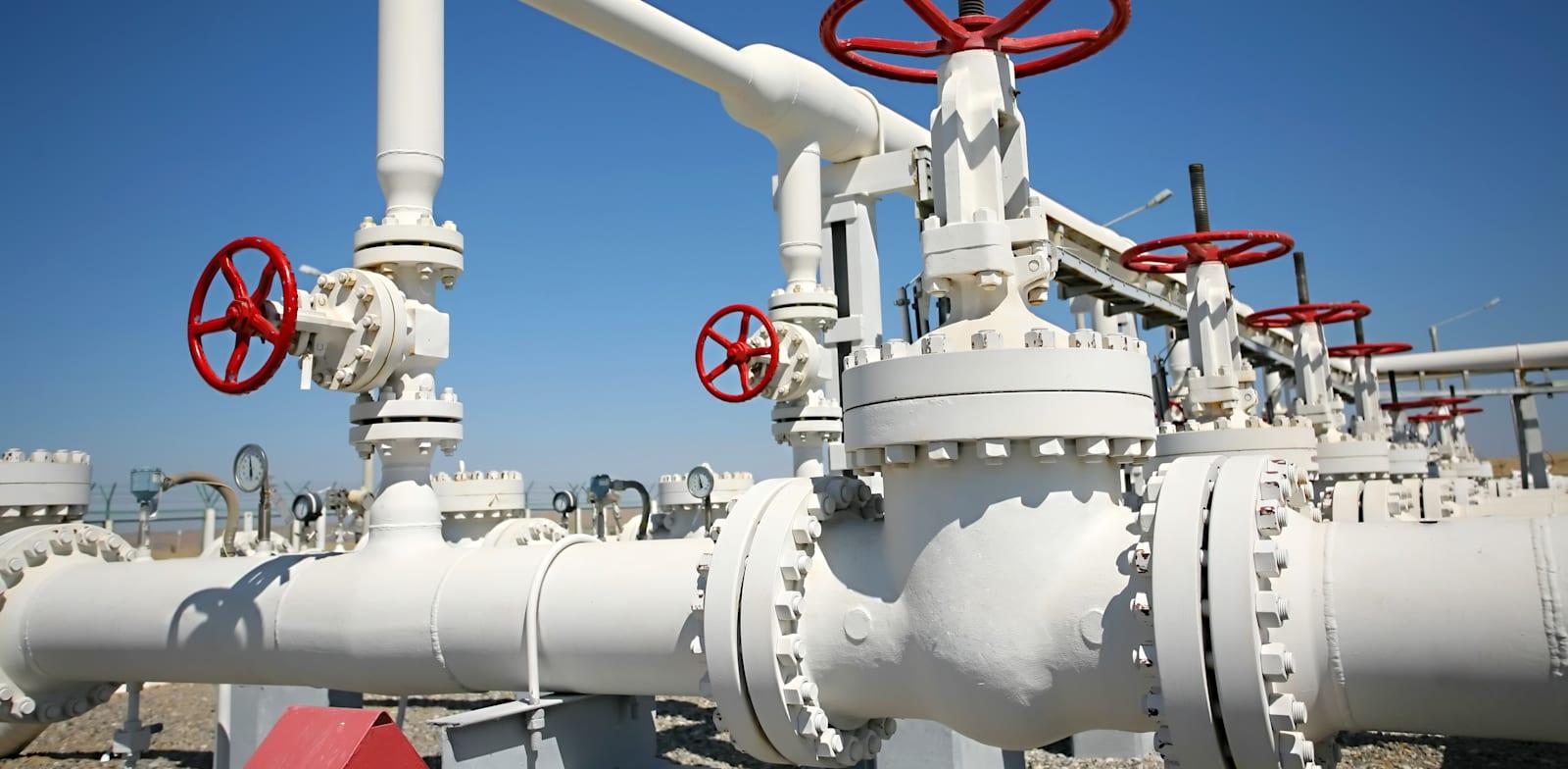גז טבעי / צילום: Shutterstock, INSAGO