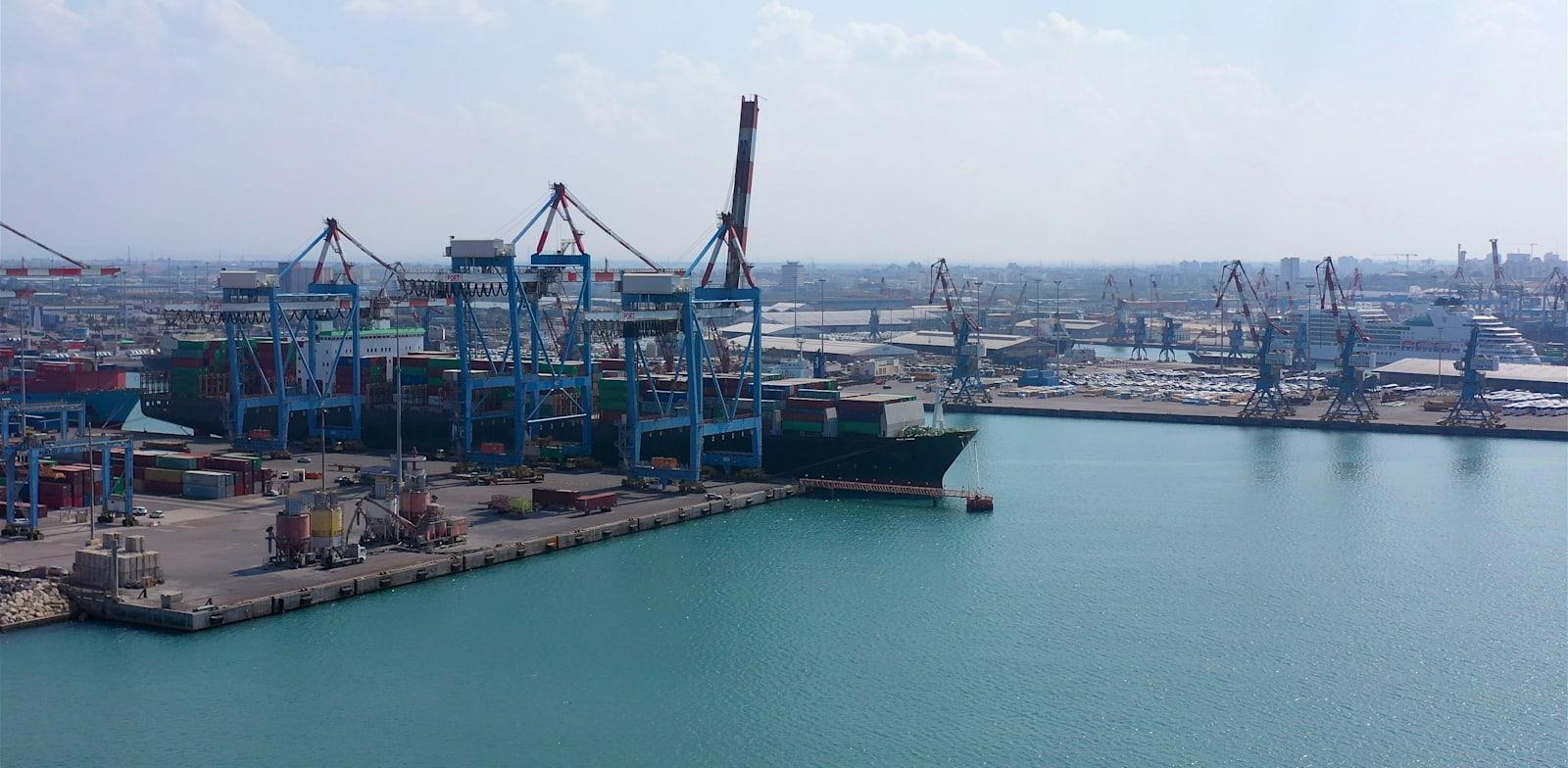 נמל אשדוד / צילום: Shutterstock, ImageBank4u