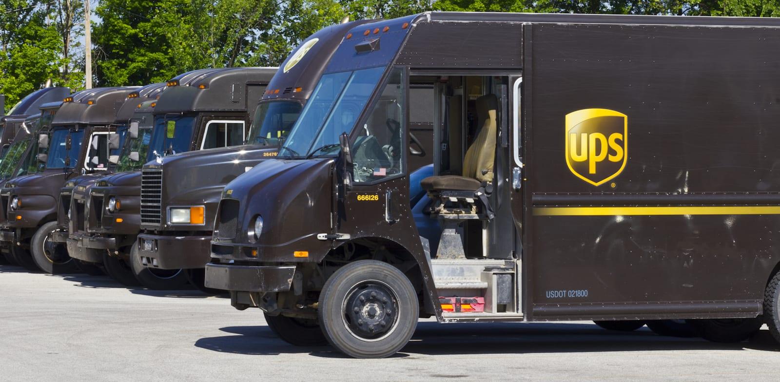 משאיות של UPS / צילום: Shutterstock, ג'ונתן וייס