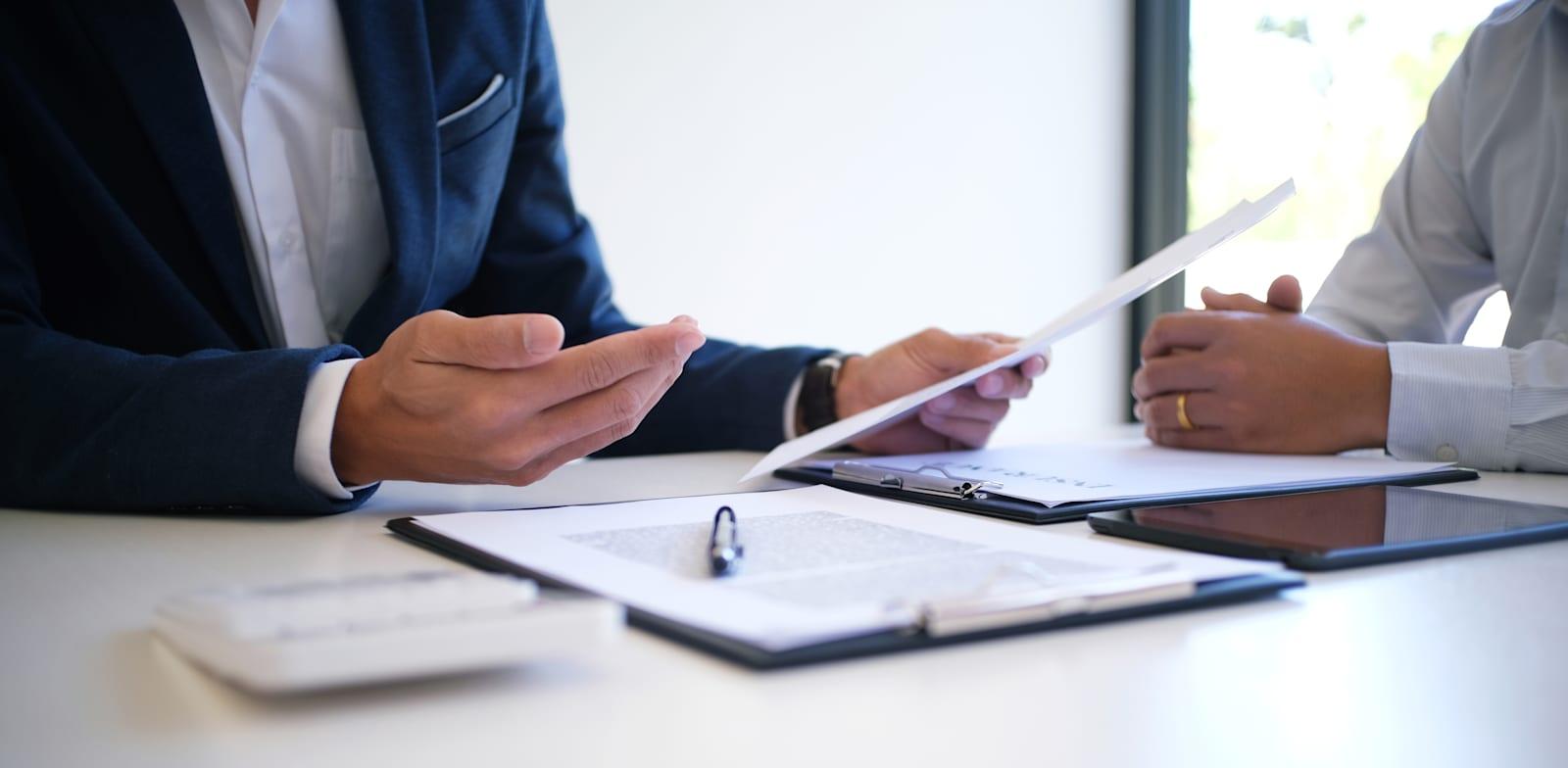 הסיכון בביצוע עסקה עם אפוטרופוס או מיופה-כוח