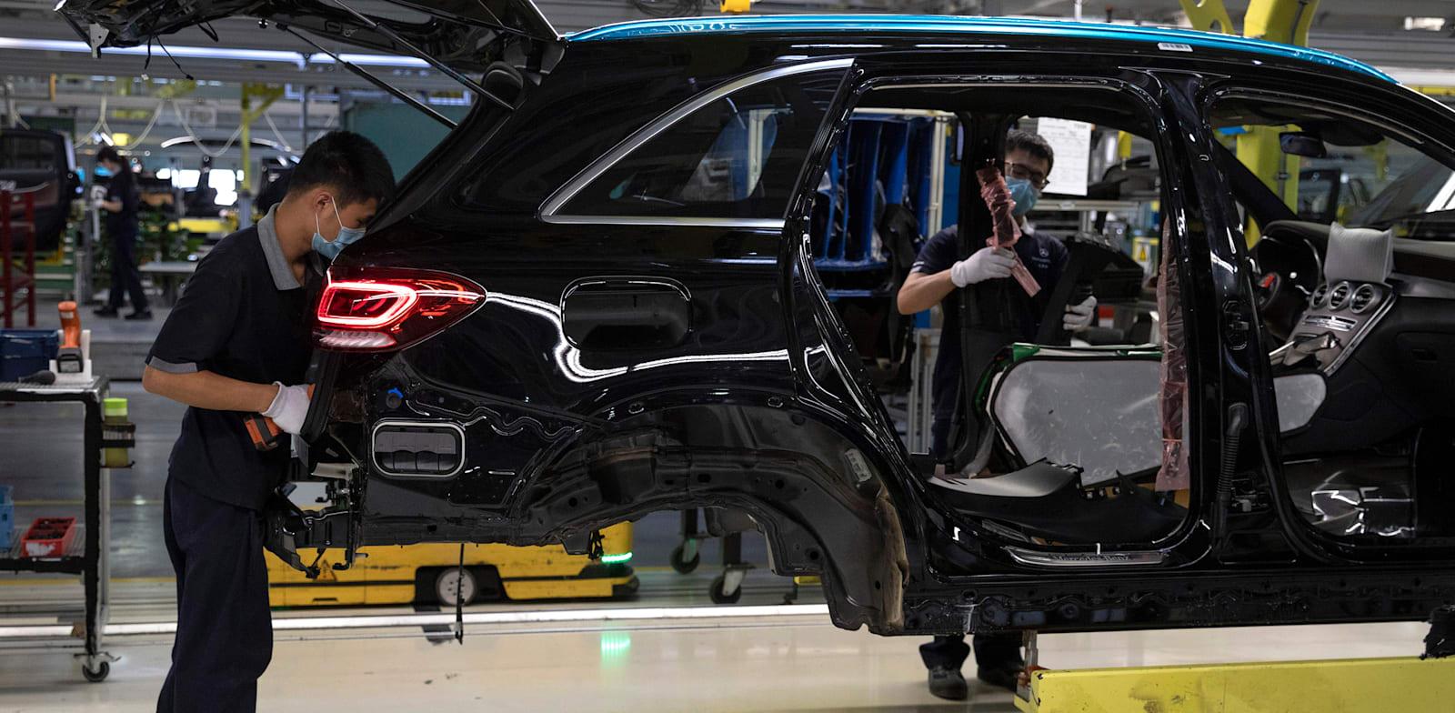 מפעל רכב בבייג'ינג, סין / צילום: Associated Press, Ng Han Guan