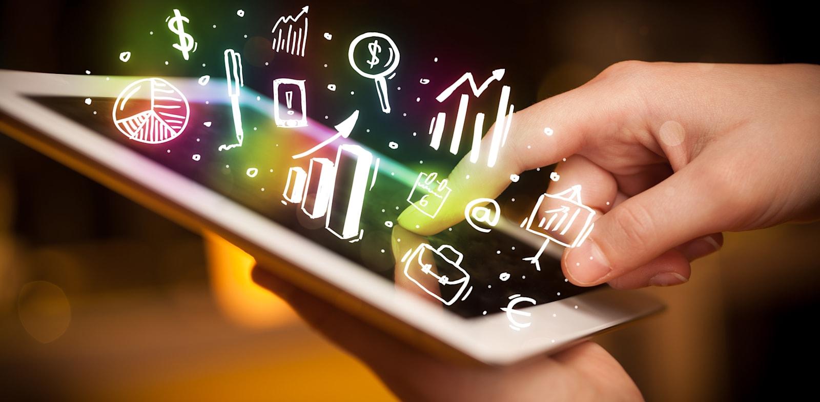 דיגיטציה / צילום: Shutterstock, ESB Professional