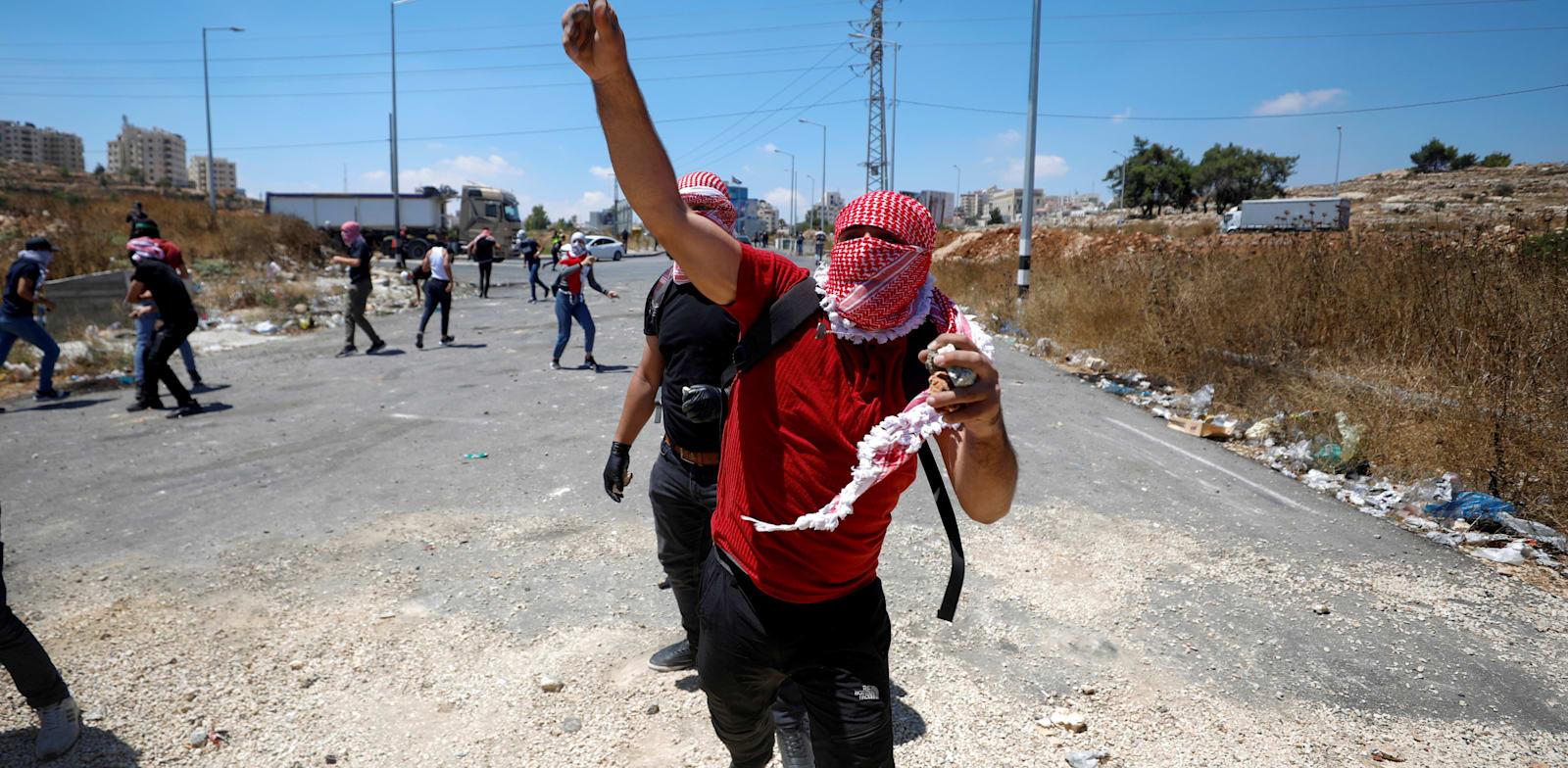Protestors on Gaza border Photo: Reuters Mohamad Torokman
