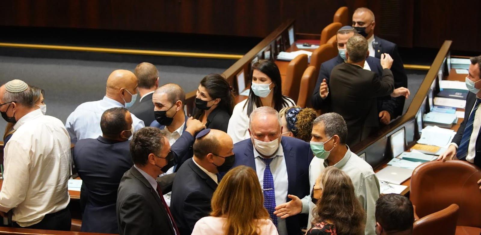 הקואליציה ביום ההצבעה על חוק ההסדרים. 2 בספטמבר / צילום: נועם מושקוביץ, דוברות הכנסת