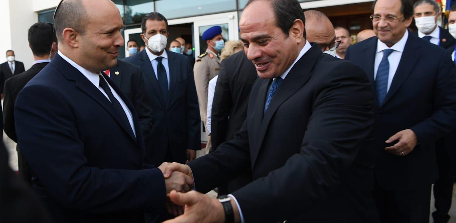 Prime Minister Naftali Bennett and Presdient Abdel Fatah Al-Sisi meet in Sharm El-Sheikh  credit: GPO, Kobi Gideon
