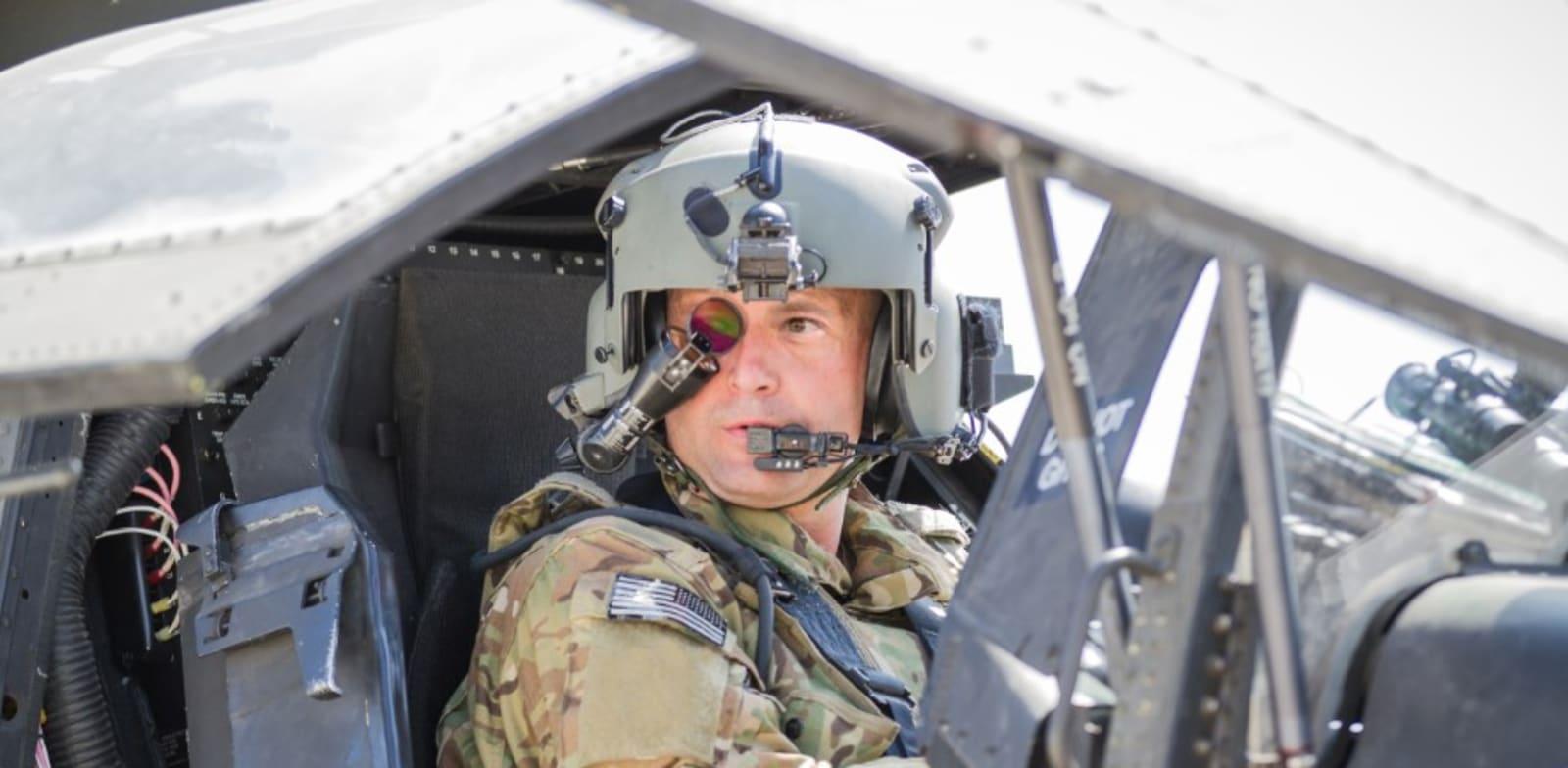 Apache pilot's helmet Photo: Elbit Systems
