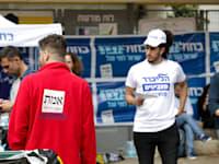 יום הבחירות באחד הסבבים האחרונים / צילום: שלומי יוסף