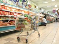 קנייה בסופרמרקט / צילום: עינת לברון