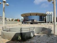 """כיכר אתרים ת""""א / צילום: איל יצהר"""