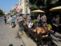 רחוב בתל אביב בסגר השלישי / צילום: איל יצהר