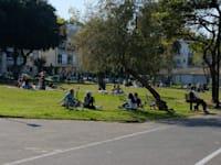 סגר 3 בקורונה - יום שבת אנשים בחוץ / צילום: איל יצהר
