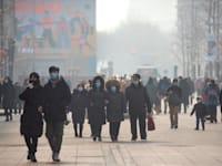 סין חזרה לשגרה ומשכה השקעות זרות בעוד העולם עדיין מתמודד חולי ומוות, סגרים ועסקים קורסים / צילום: Associated Press, Mark Schiefelbein