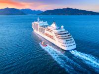 ספינת קרוז / צילום: Shutterstock, Denis Belitsky