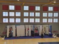 אולם הספורט שהפך למתחם חיסונים / צילום: דוברות עיריית קרית שמונה