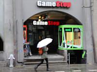 חנות של רשת גיימסטופ / צילום: Reuters, Glories Francois/ABACA
