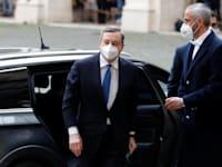 מאריו דראגי (משמאל), ראש ממשלה איטליה המיועד, מגיע לפגישה עם סרג'יו מאטארלה הנשיא / צילום: Reuters, Yara Nardi