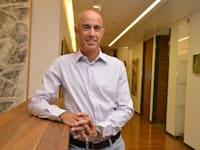 """ד""""ר אורי גייגר - שותף , מנהל , קבוצת קרן אקסלמד / צילום: תמר מצפי"""