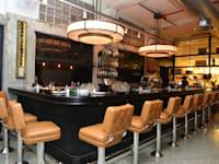 מסעדה מסעדת מגזינו , אוכל מנות מזון / צילום: תמר מצפי